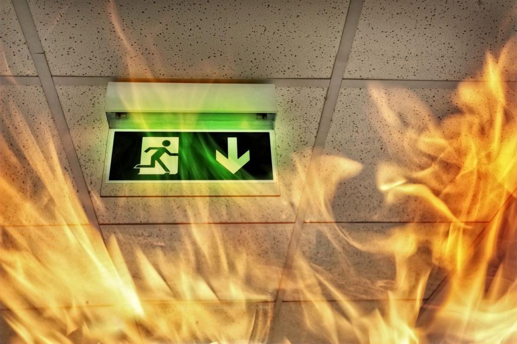 BAES, Bloc lumineux de secours, Bloc d'ambiance, Bloc de balisage. Telecomande BAES, Extincteur Abry incendie Montpellier